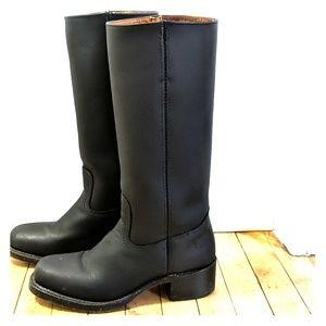 Frye Campus 14L Boots, Black, size 8.5